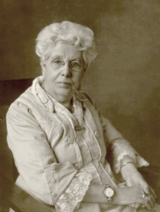 This photograph of Annie Besant was taken in 1922, at which time she was working with Kanji Dwarkadas.